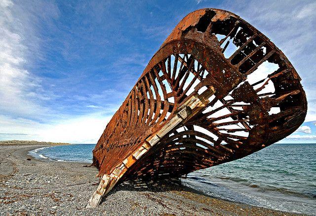 Construida en Londres y luego desechada en 1869. Llego a Punta Arenas, Chile el ano 1899 donde fue destinada como ponton por los siguientes 40 anos. Se declaro Monumento Historico el 07 de Enero de 1974.  San Gregorio Region de Magallanes, Chile. Dec 2009