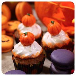 Cupcake de Abóbora com Cobertura de Marshmallow - Receita de Halloween