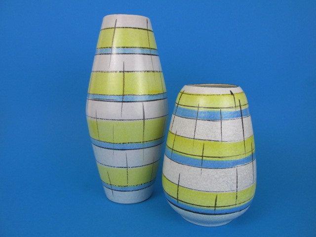 Set aus zwei Mid Century Vasen / 60er Jahre / Set of two West German Pottery vases / Bay Keramik  / west German Pottery von ShabbRockRepublic auf Etsy