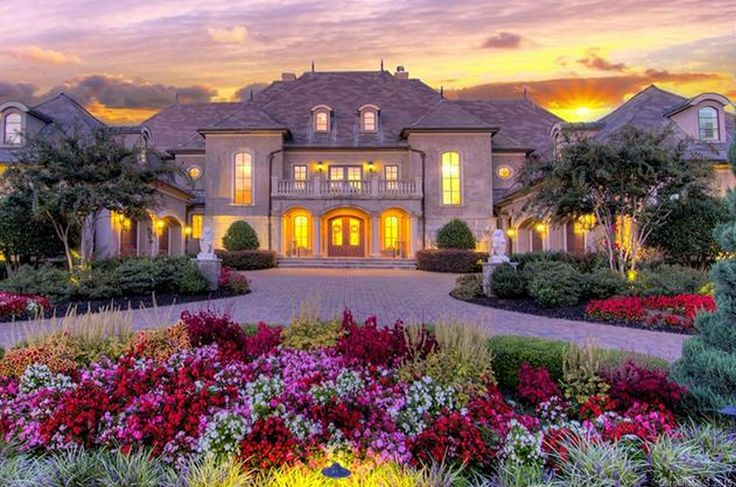 25 best french mansion ideas on pinterest dream mansion for Beautiful rich houses