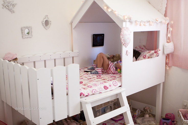 Linda cama de menina