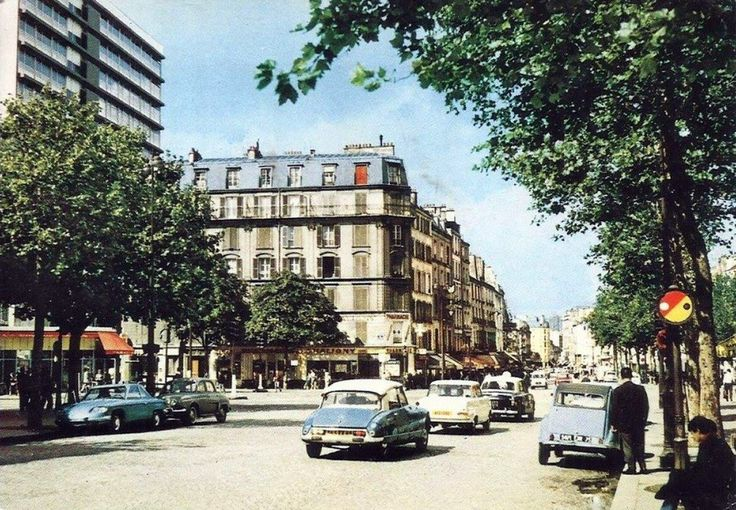 Rue du faubourg Saint Antoine Paris 1960