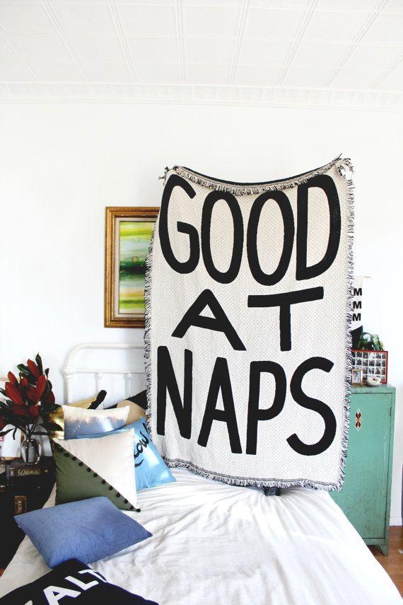 BRAVO a Pan Throw Blanket  bianco e nero coperte  soggiorno