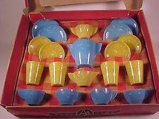 Rare Vintage Akro Agate Blue Daisy Child Dish Set / Original Box