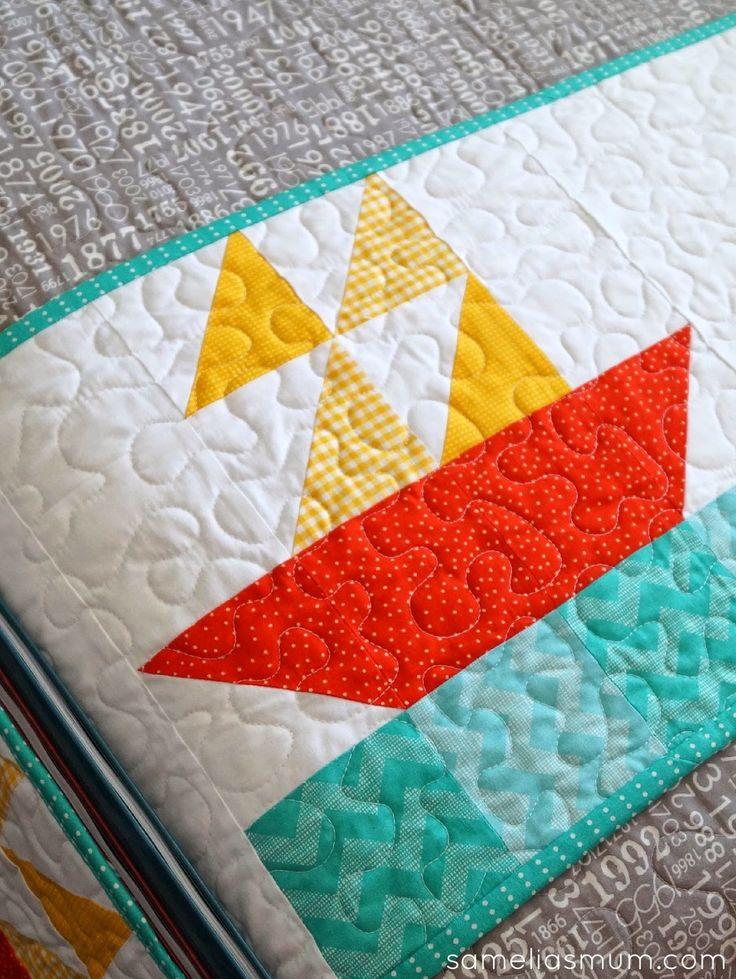 Nautical Quilt Block Pattern - very cute and not too difficult. Great combination.