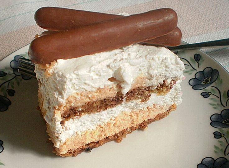 Ukusna torta sa plazmom i čokoladnim mlekom.