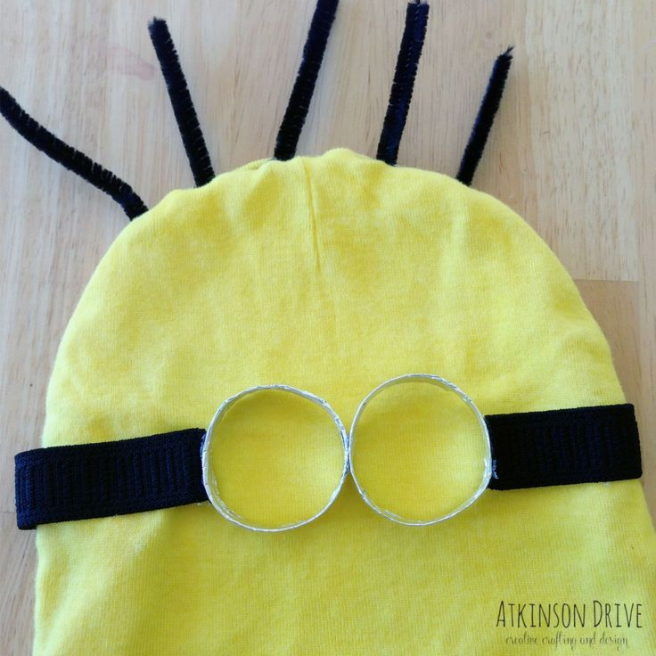 No-Sew Despicable Me Minion Halloween Costume | Atkinson Drive