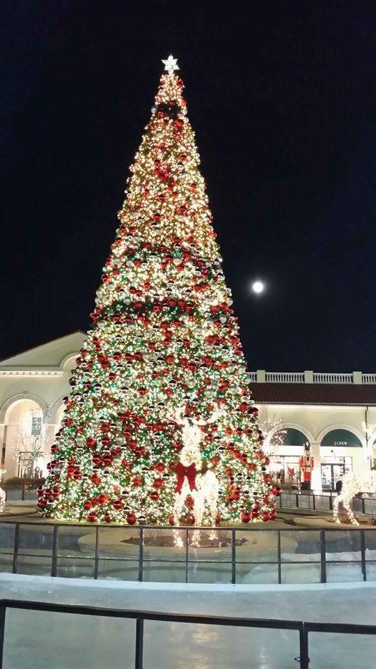 2013 Christmas Tree - Tanger Outlets in Deer Park - Long Island, New York