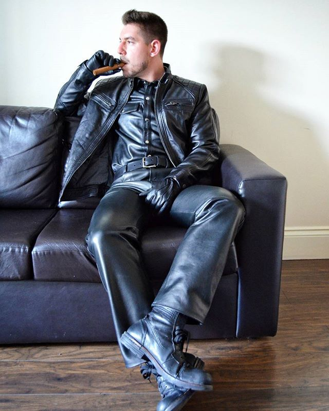 Leather morning! #leather #blackleather #leatherpants # ...