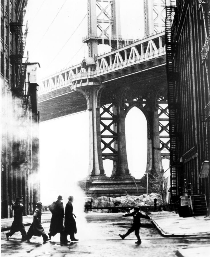 Once upon a time in America - Directed by Sergio Leone  NY's Manhattan Bridge