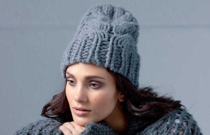 Схема и описание вязания на спицах шапки с «косами» из журнала «Вязание. Burda» №4/2013