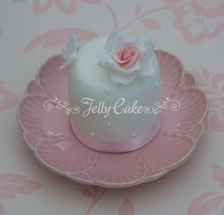rose & butterfly mini cake
