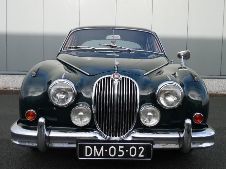 17 best images about jaguar mk2 on pinterest cars. Black Bedroom Furniture Sets. Home Design Ideas