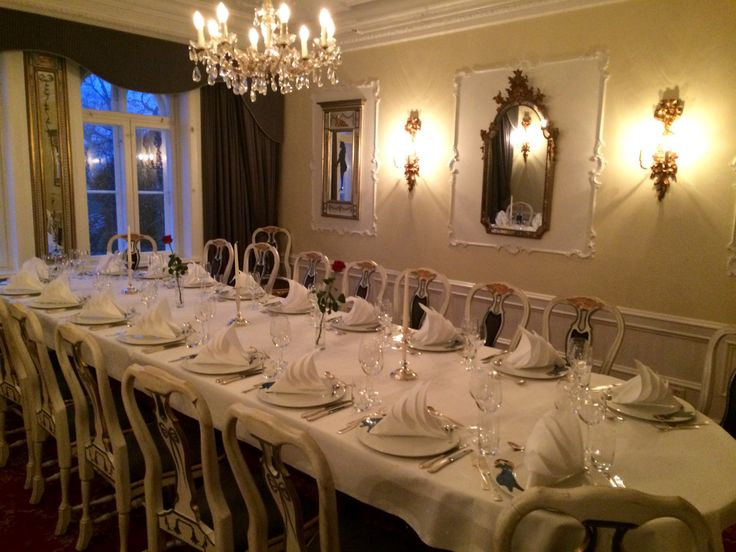 Our SOBA - Dining room. Perfect for an anniversary dinner, small wedding, baptism, or a dinner for up to 20 guests.