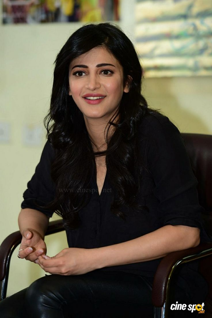Shruti Latest Photos (39)
