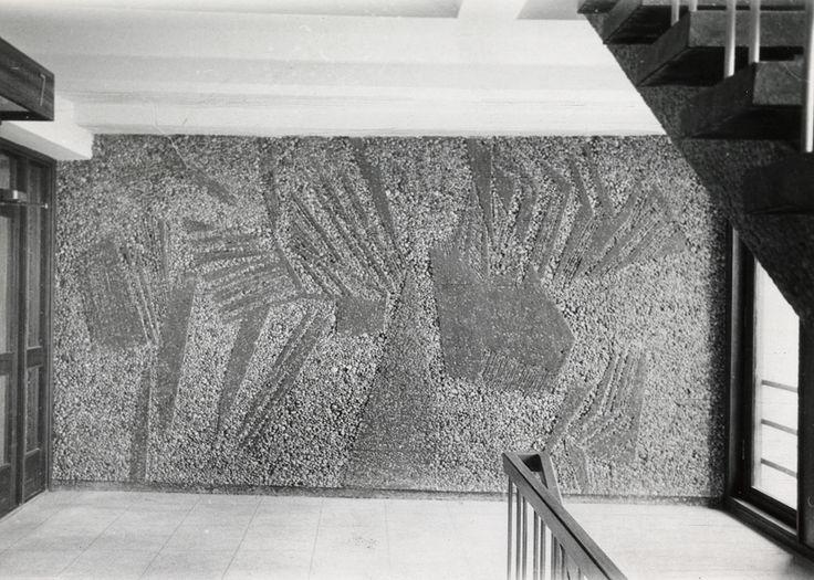 Utsmykning av Inger Sitter i trapperommets 7. etasje, nordveggen. Foto: C. Nesjar, ca. 1957