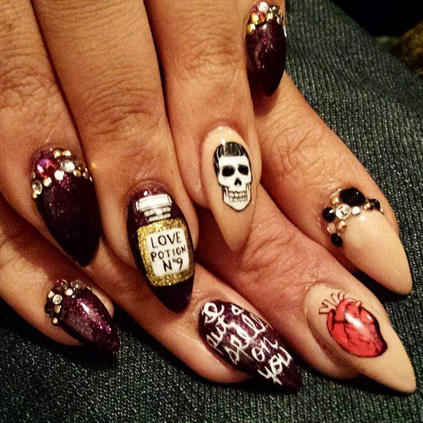 102 halloween nail art ideas that are better than your costume - Halloween Easy Nail Art