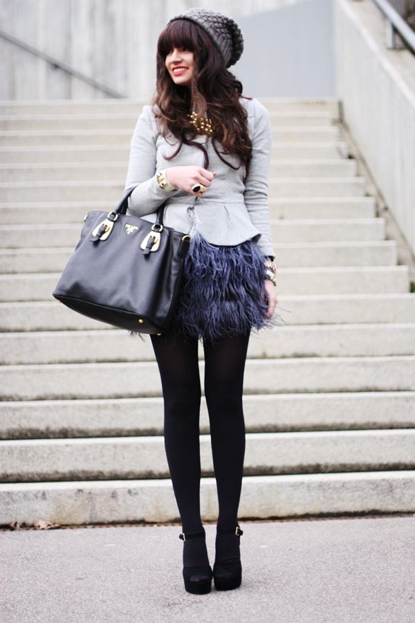 Cute and playful outfit. Love the feathers. http://fashionhippieloves.com