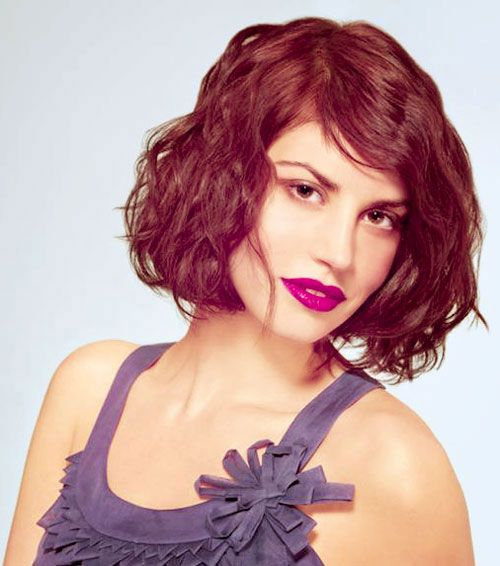 30 Easy Short Hairstyles for Thick Wavy Hair - Cool