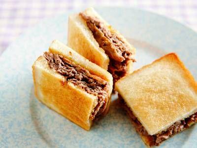 塩田 ノア さんの食パンを使った「柔らかビーフサンド」。薄切り肉を重ねて焼いているので、柔らかく食べやすいサンドイッチです。 NHK「きょうの料理」で放送された料理レシピや献立が満載。