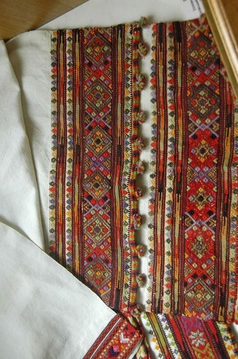 #Ukrainian embroidery. Museum of Hutsul Folk Art, Kołomyja, Ukraine, Гуцульщина