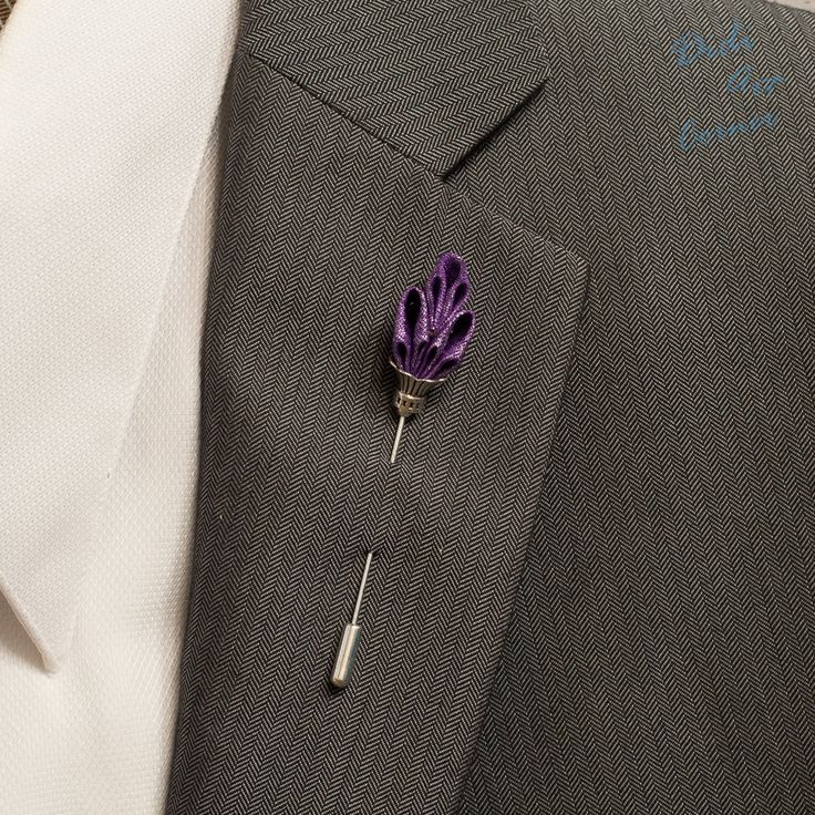 Men's Lapel Stick Pin / Elegant Handcrafted Royal by DidiArtCorner