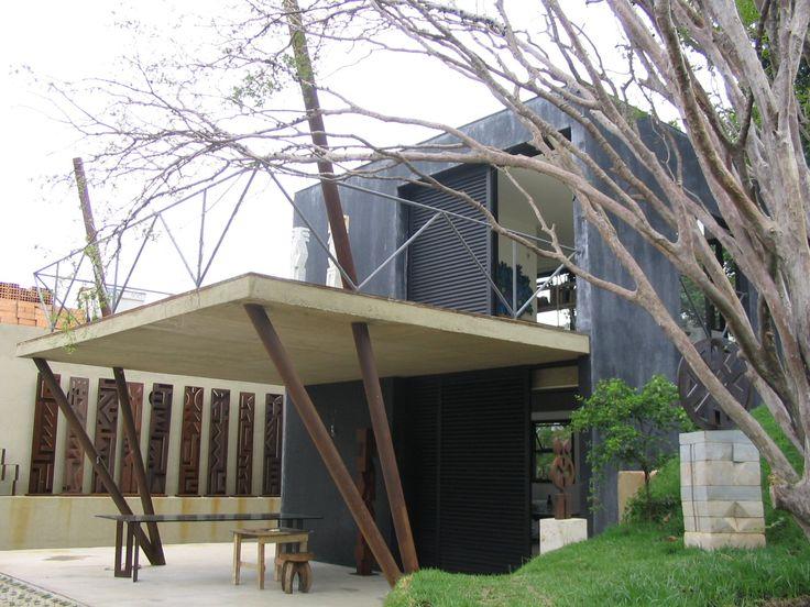 JORGE HOUSE by João Diniz Arquitetura - Brazil