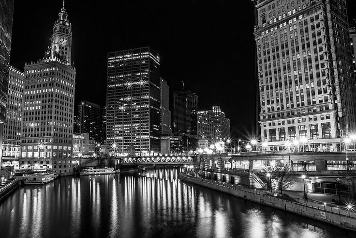 Chicago By Night by Eric Brisson