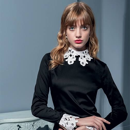 Black/white embroidered collar and cuff top #NaraCamicie #Nara #Collection #Winter #Autumn #Elegant #Fashion #Clothes #Style #Class