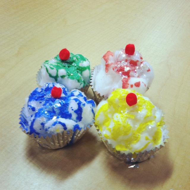 Cupcake craft for Laura Numeroff's
