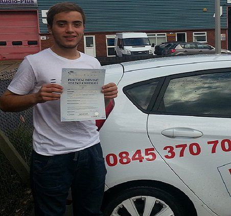 thomas pallet from Nearware in herts, passed both his tests in 5 days on one of our #intensive driving courses - www.ukintensivedrivingcourses.co.uk