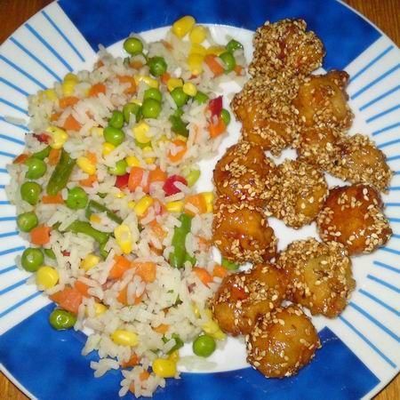 Egy finom Kínai szezámos csirke színes rizzsel ebédre vagy vacsorára? Kínai szezámos csirke színes rizzsel Receptek a Mindmegette.hu Recept gyűjteményében!