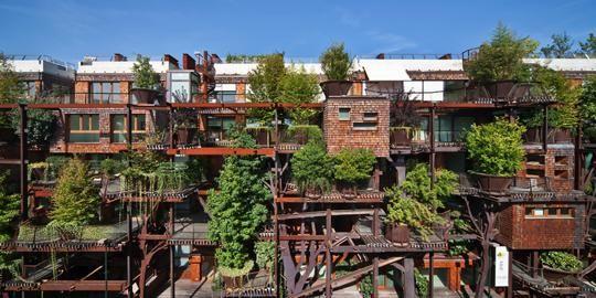 """イタリアに""""木々で覆われたアパート""""が出現! 建物と自然が美しく融合する姿を提案する「25 green」 icatch"""