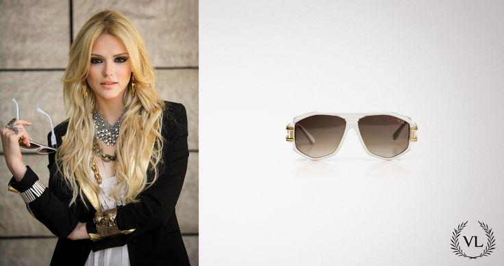 A personagem Megan Lilly, Isabelle Drummond, de Geração Brasil (novela da Globo) usa óculos de sol da Via Lorran.