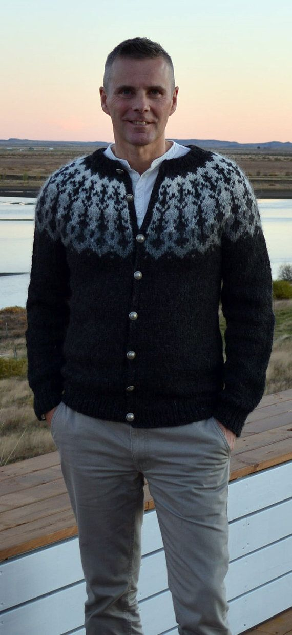 Handknitted mens Icelandic cardigan with metal buttons