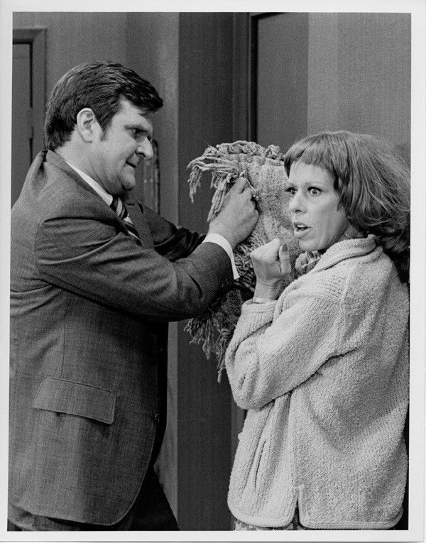 The Carol Burnett Show original 7x9 TV photo  1974 Kenneth Mars Carol Burnett