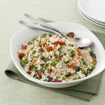 Se ami cucinare il riso, gustalo nell'accostamento con zucchine, peperoni e melanzane: prova la ricetta di Sale&Pepe del riso con verdure e gamberi.