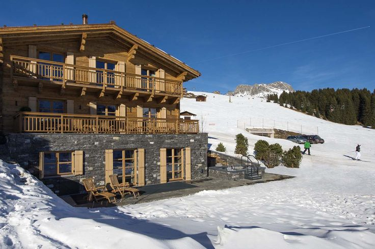 The Uberhaus in Lech has a heavy stain applied which gives it a golden appearance.