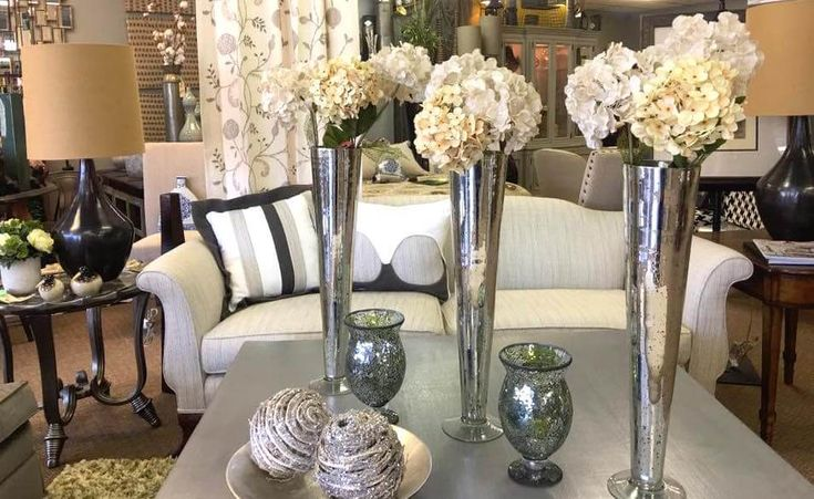 We offer a great selection of fine furnishings including traditional, modern, rustic and glamorous designs. We stock rugs, artwork and tabletop accessories.