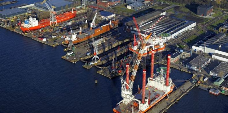 Shipdock, a well-known shipyard group with roots dating back to 1877, operates facilities in Amsterdam and Harlingen, servicing vessels up to 250 m http://www.damen.com/en/news/2013/02/damen-shipyards-group-acquires-shipdock