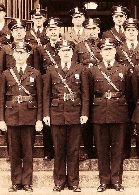 Mystery 1930 NYS Prison Guards Photo -- middle