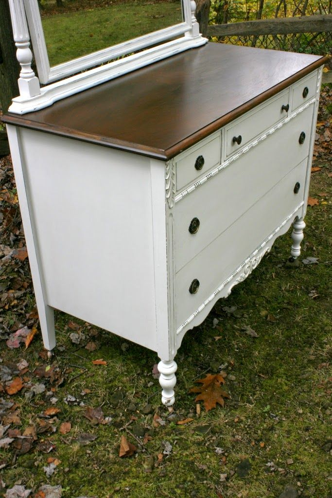 Best Roots And Wings Furniture Blog No 100 White Antique Dresser With Mirror With Images White 400 x 300