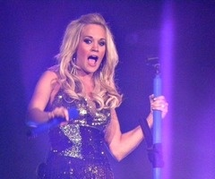 Country Queen, Carrie Underwood Play On tour March 11th, 2011