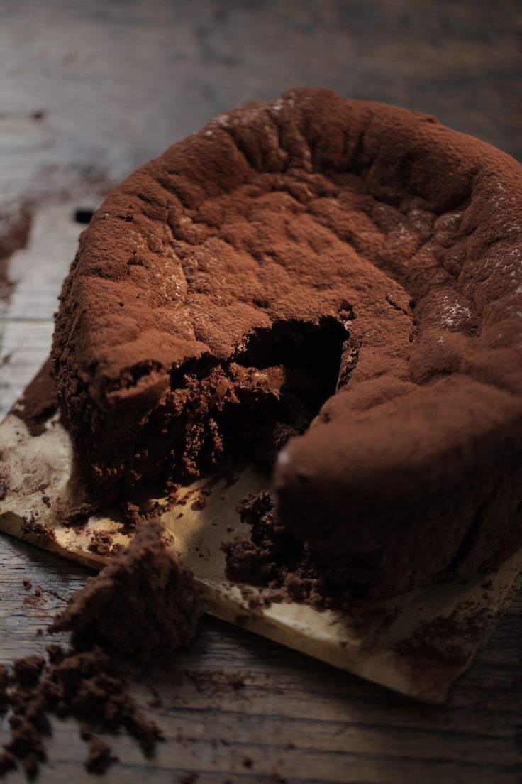 Flourless Salted Chocolate Cake : The Healthy Chef – Teresa Cutter