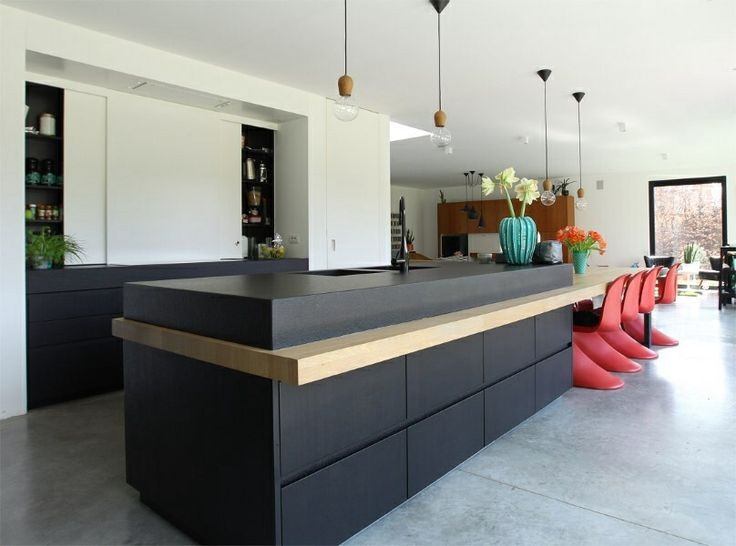 25 beste idee n over eiland bank op pinterest hedendaagse keuken ontwerp modern kookeiland - Tafel centraal eiland ...
