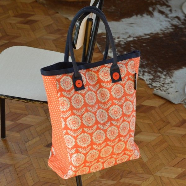 sac fleurs oranges Mr&Mrs Clynk - deco-graphic.com