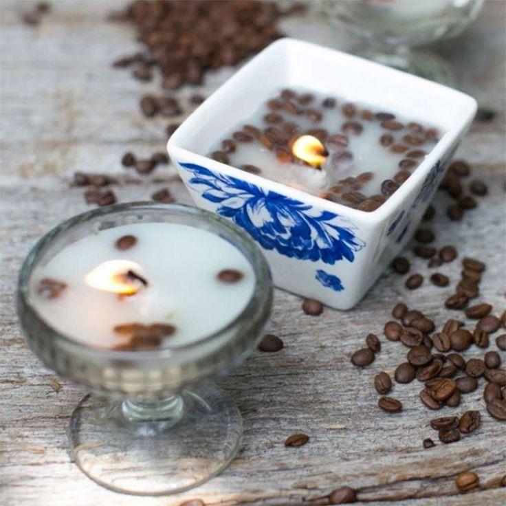 """<p>Fabriquez une bougie gourmande avec des grains de café et de vanille en suivant les explications du tutoriel proposé par<a href=""""http://helloglow.co/diy-candles/"""" target=""""_blank..."""