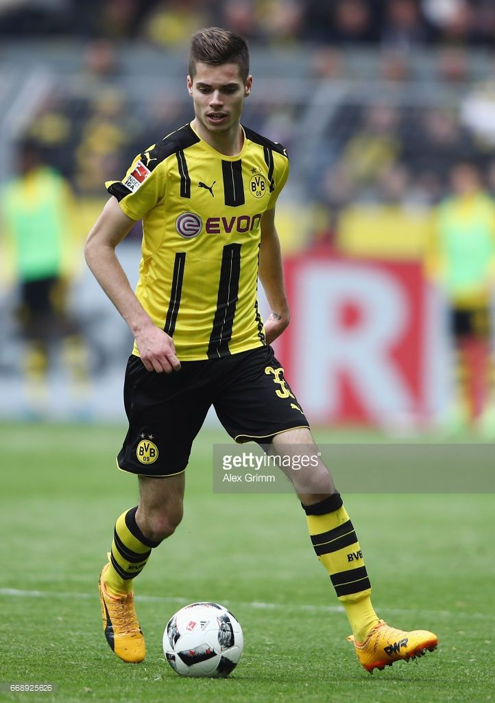 die besten 25 julian weigl ideen auf pinterest marco reus borussia dortmund und dortmund. Black Bedroom Furniture Sets. Home Design Ideas