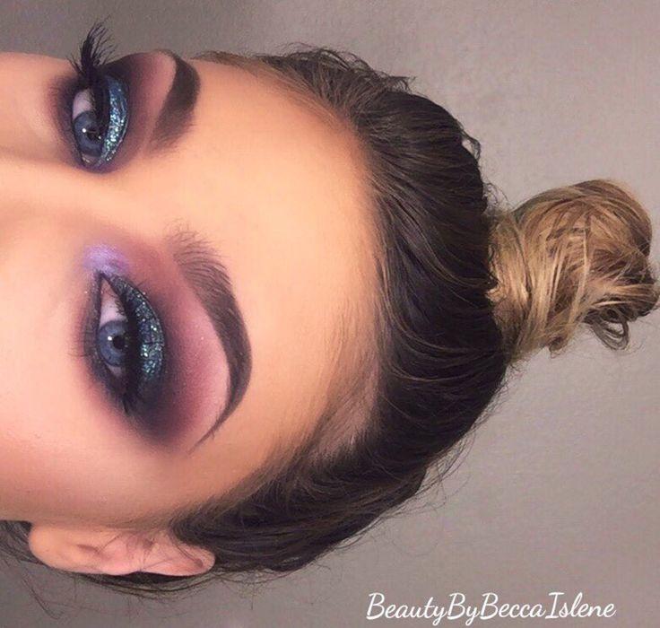 Makeup do Poder! Você poderosa com essa maquiagem de tons de rosas,roxos e muitooo glitter!!