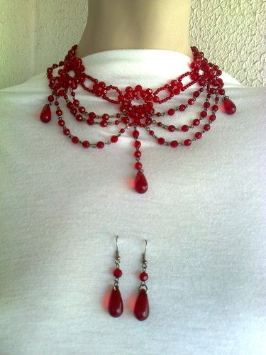 'Wide Edwardian red beaded choker with earrings set  ' is going up for auction at 12am Sun, Aug 11 with a starting bid of $12.